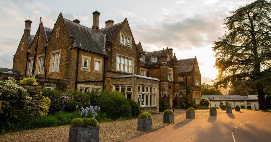 Image 1: Hartsfield Manor