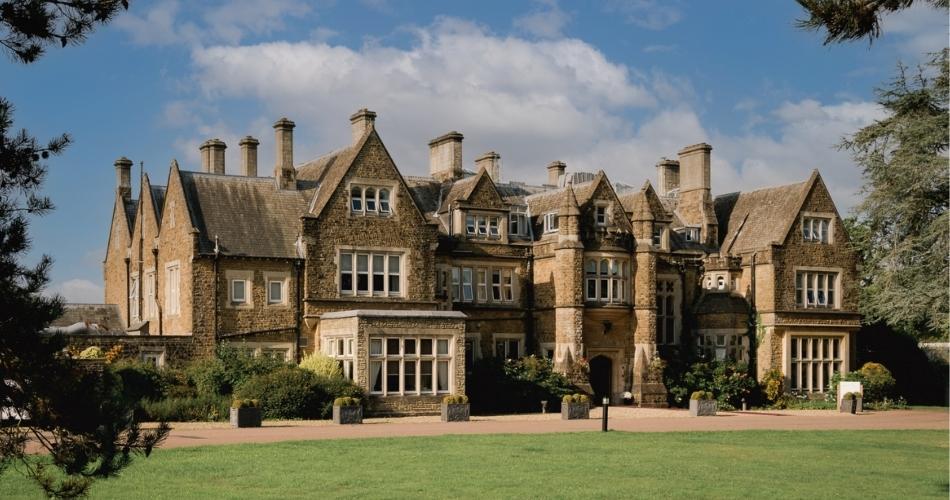Image 2: Hartsfield Manor