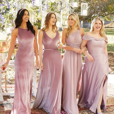 How to choose bridesmaids' dresses that complement each other