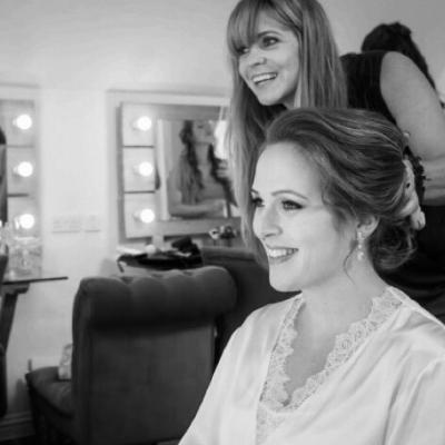 We interview local hair and make-up artist, Hanna Wildman