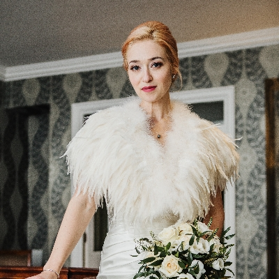 Meet hair and make-up artist Gemma Warburton from Gemma Louise Bridal