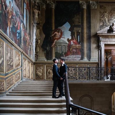 William and Jonathan had an intimate celebration at Hampton Court Palace