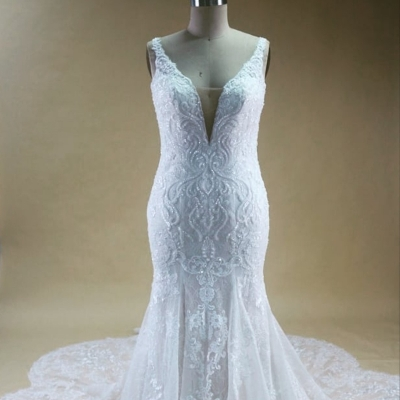 Signature Wedding Show Ascot Racecourse exhibitor has new dresses on the way