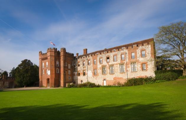 Celebrate your big day at Farnham Castle