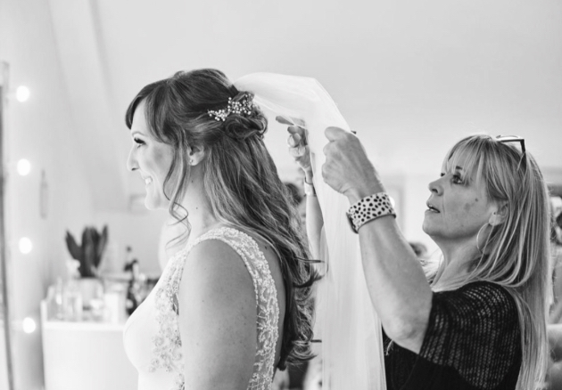 We interview hair and make-up artist, Hanna Wildman
