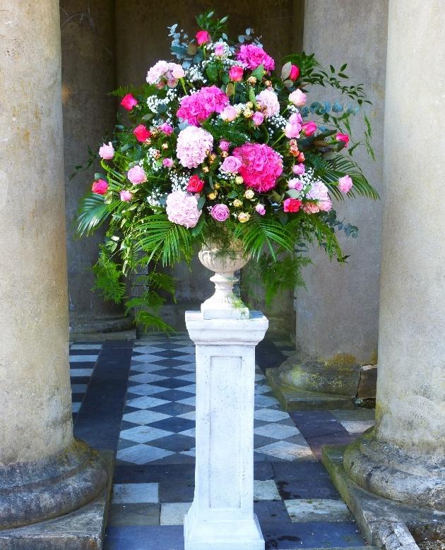 Flowers by Elaine has won Best Regional Florist in the South East