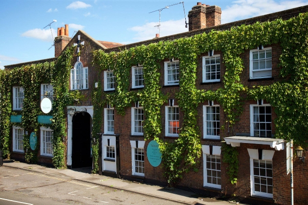Be inspired by Surrey wedding venue, The Talbot