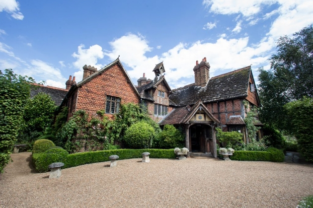 Langshott Manor has launched a break ideal for minimoons