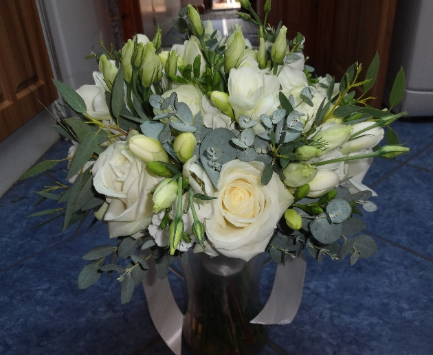Tips for finding the perfect wedding florist